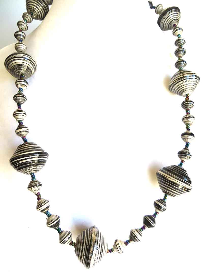 Black & white striped gigantic bead necklace