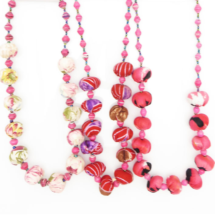 *Cloth & paper bead necklace - pinks