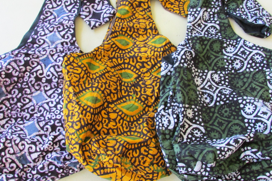 Sling bag - batiks in triangle & square patterns